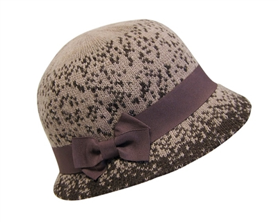 wholesale spotted 2-tone knit cloche hat